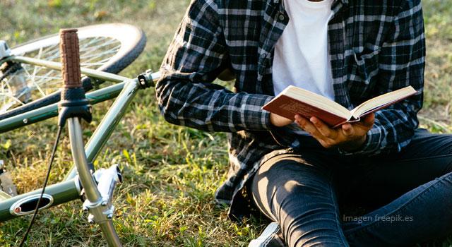 : ¡Abrirnos a un libro, un pedal y un plumón!