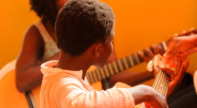 Discurso y construcción de sentidos a través de las canciones infantiles