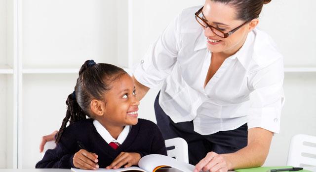 El criterio del conocimiento disciplinar de un maestro no se puede descuidar