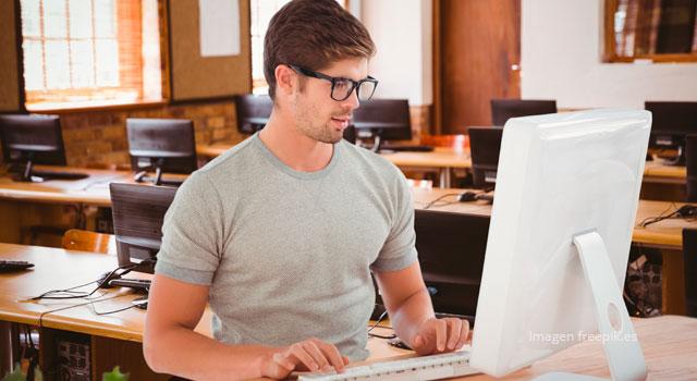 El rol del docente y estudiante en la educación virtual