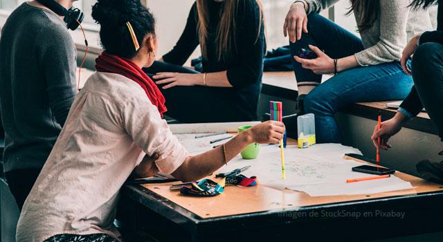 El sentido social de la educación está en el interior