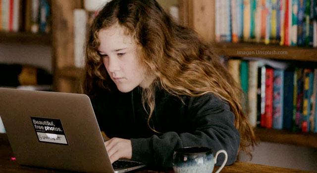 Enseñanza en línea con las herramientas más básicas: el correo electrónico