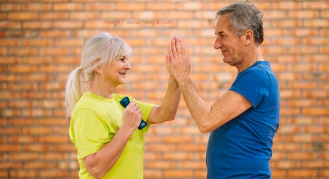 La condición física, capacidad funcional y nivel de actividad física en el adulto mayor