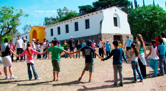 La escuela: ambiente que brinda herramientas para construir ciudadanos ejemplares
