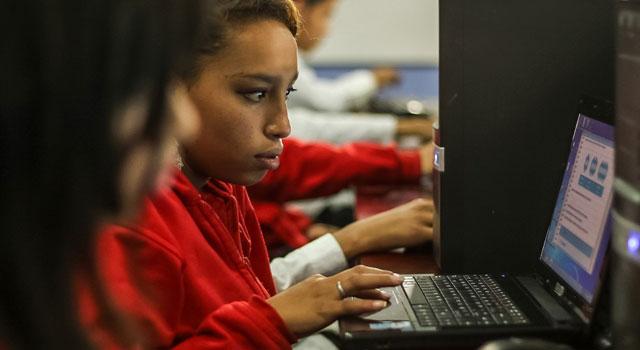 La OCDE mira los colegios en Colombia