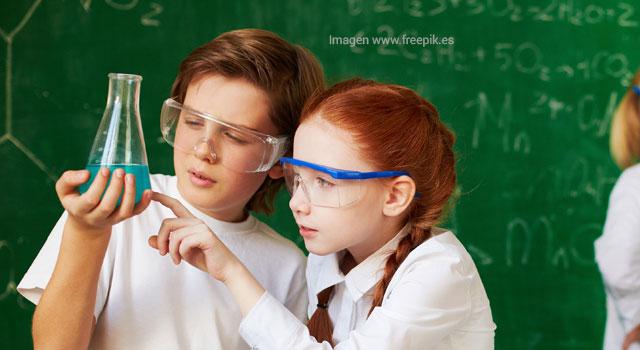 """""""Más que una clase de química se puede crear un laboratorio para la vida"""": Natalia García"""