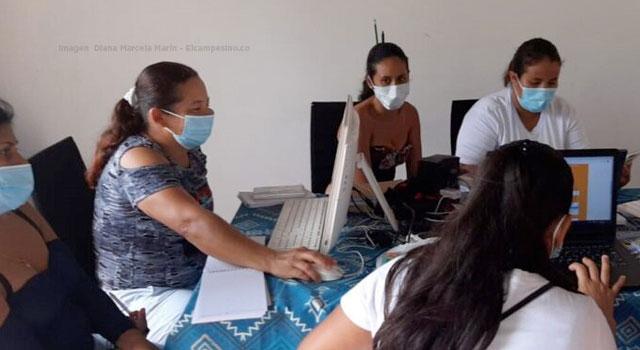 Mujeres de San Vicente del Caguán avanzan con las Escuelas Digitales Campesinas