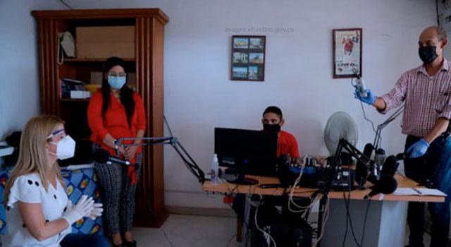 Radio y televisión como complemento para la educación virtual en el Atlántico