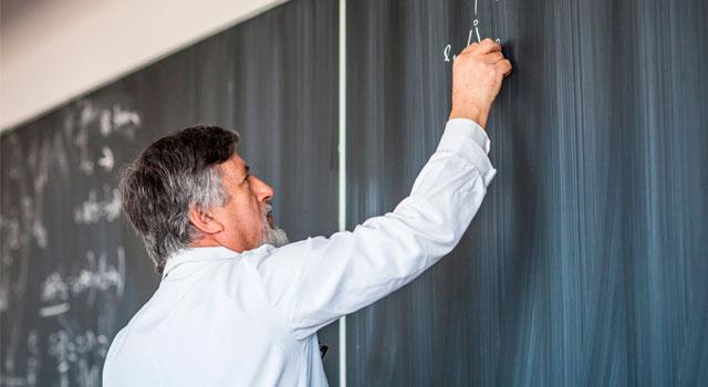 RCN reconoce a los maestros