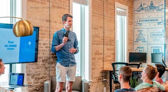 Cómo diseñar presentaciones atractivas en 10 pasos