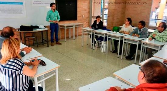 Gobierno avanza con acciones para formación y fortalecimiento de docentes de inglés