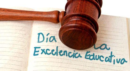 """Gobierno decreta """"Día de la Excelencia Educativa"""""""