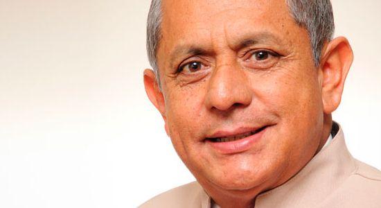 Rector Henry David Romero
