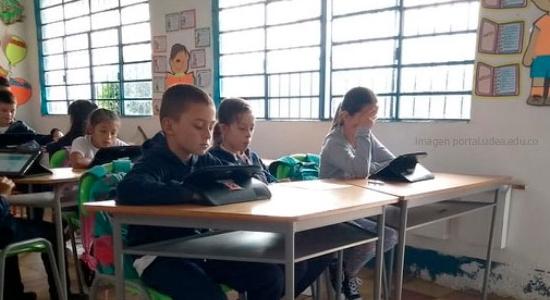 Una plataforma educativa a favor de la educación rural